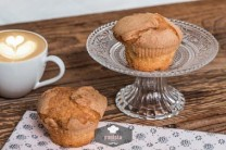 Helle Muffins 2 Stück, frisch gebacken