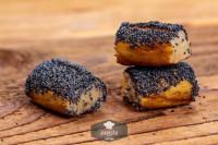 Laugenkonfekt mit Mohn, frisch gebacken - glutenfrei
