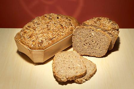 Bio Saatenbrot frisch gebacken
