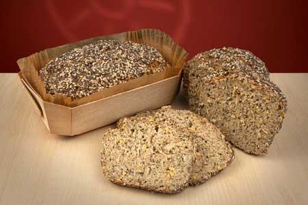 Bio Chia-Lupinen Brot frisch gebacken
